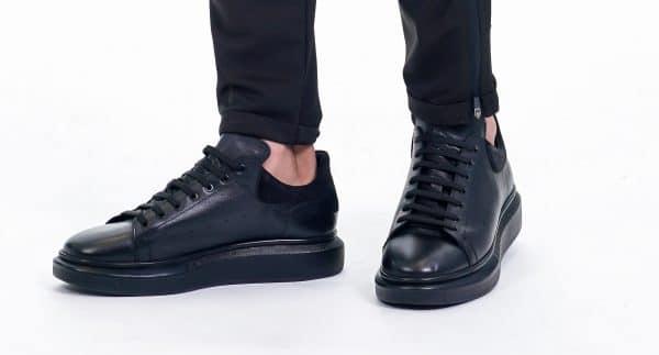נעל סניקרס מוקדון